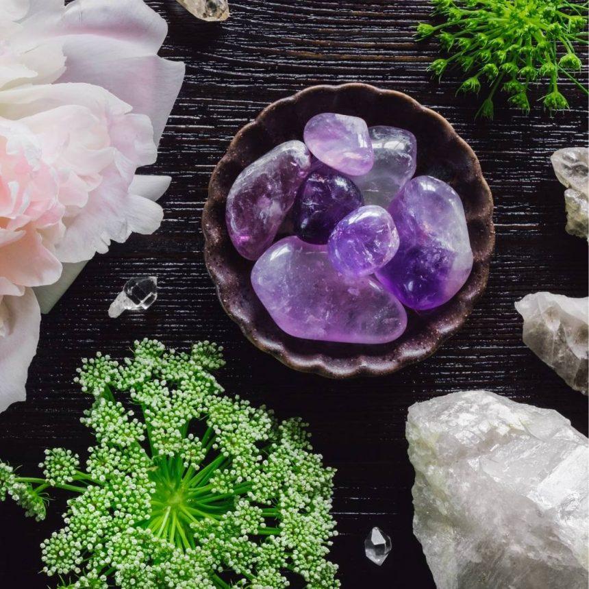 edelstenen verzorgen: reinigen en opladen